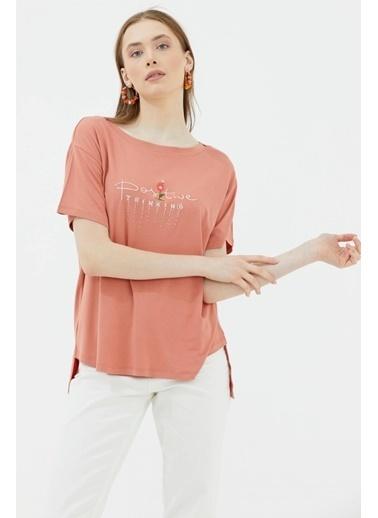 Sementa Arkası Uzun Nakış Detaylı Rahat Kalıp Tshirt - Somon Somon